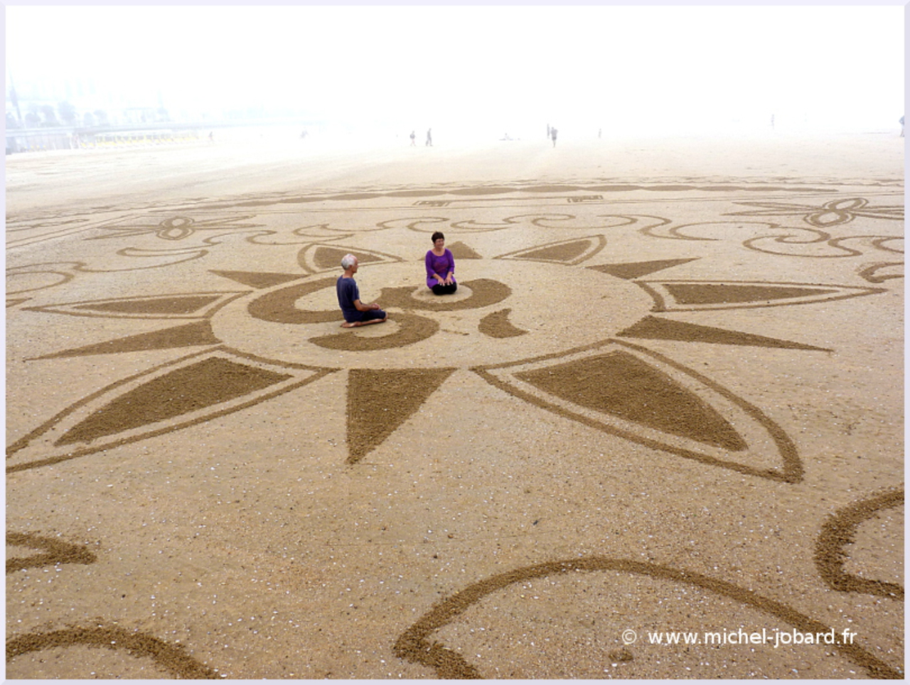beach-art-akasha-06