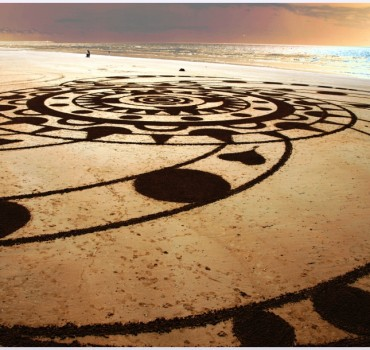 Fresque Beach art Mandala du coeur, Michel Jobard