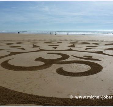 Fresque Sand art Ohm, centre