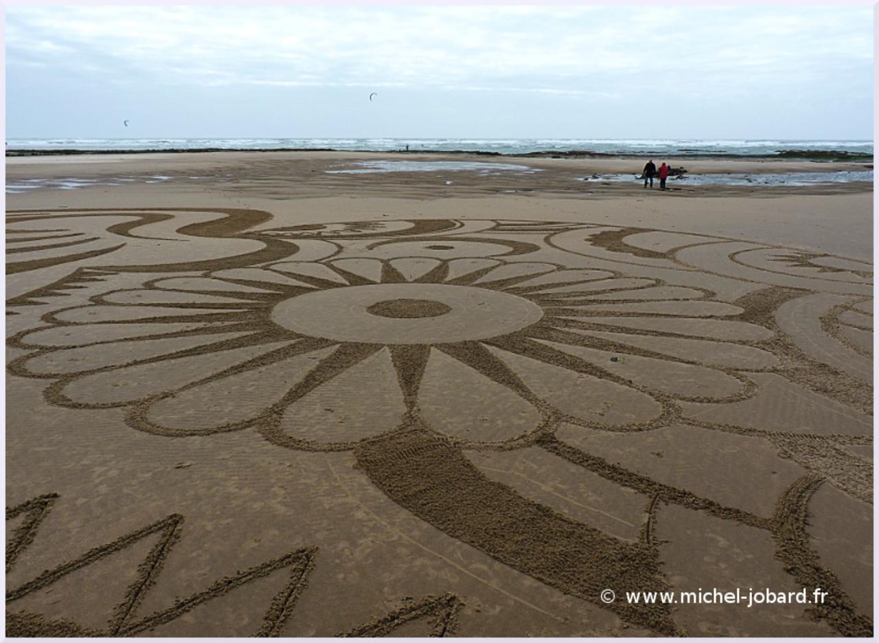 beach-art-In-the-wind-02.jpg