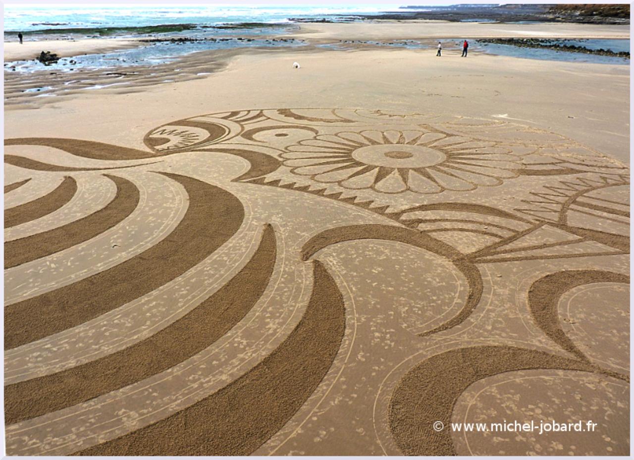 beach-art-In-the-wind-05.jpg