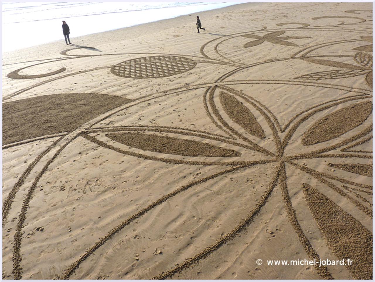 beach-art- zen -garden- 06