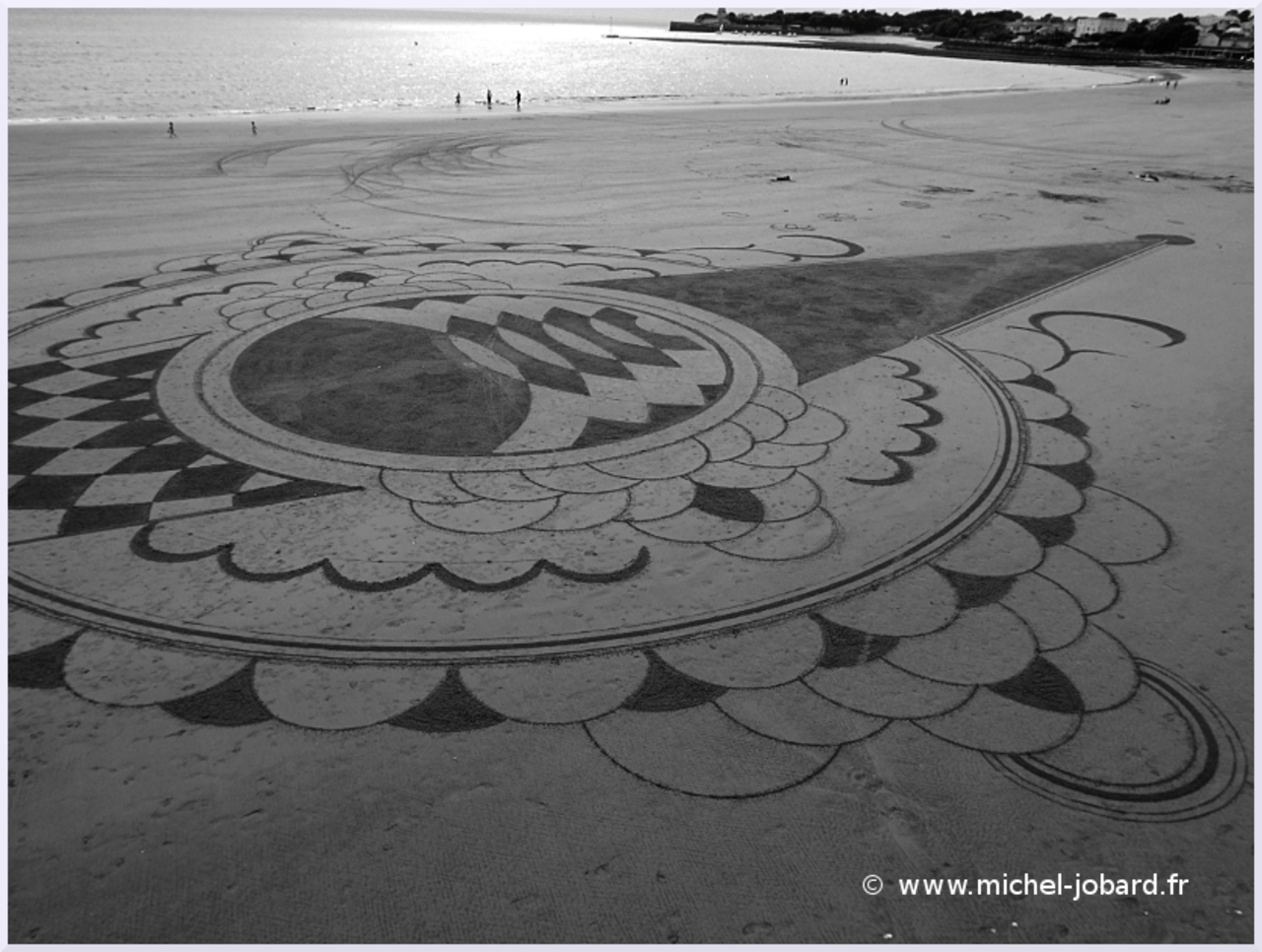 Beach-art-Surfrider-04