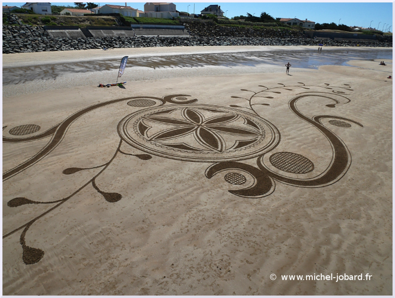 Beach-art-For Humanity-03