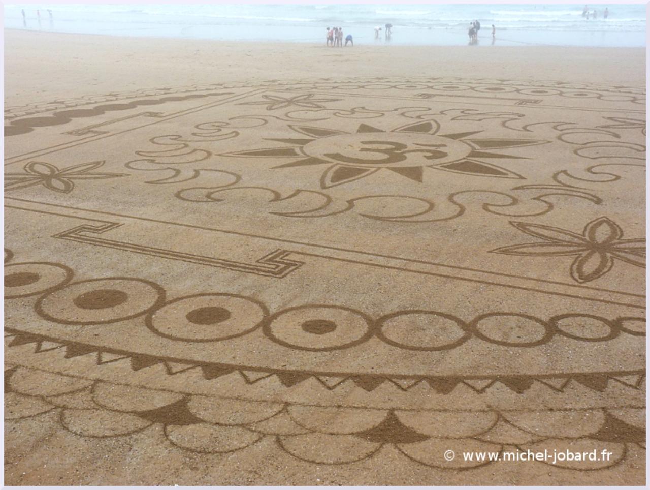 beach-art-akasha-02