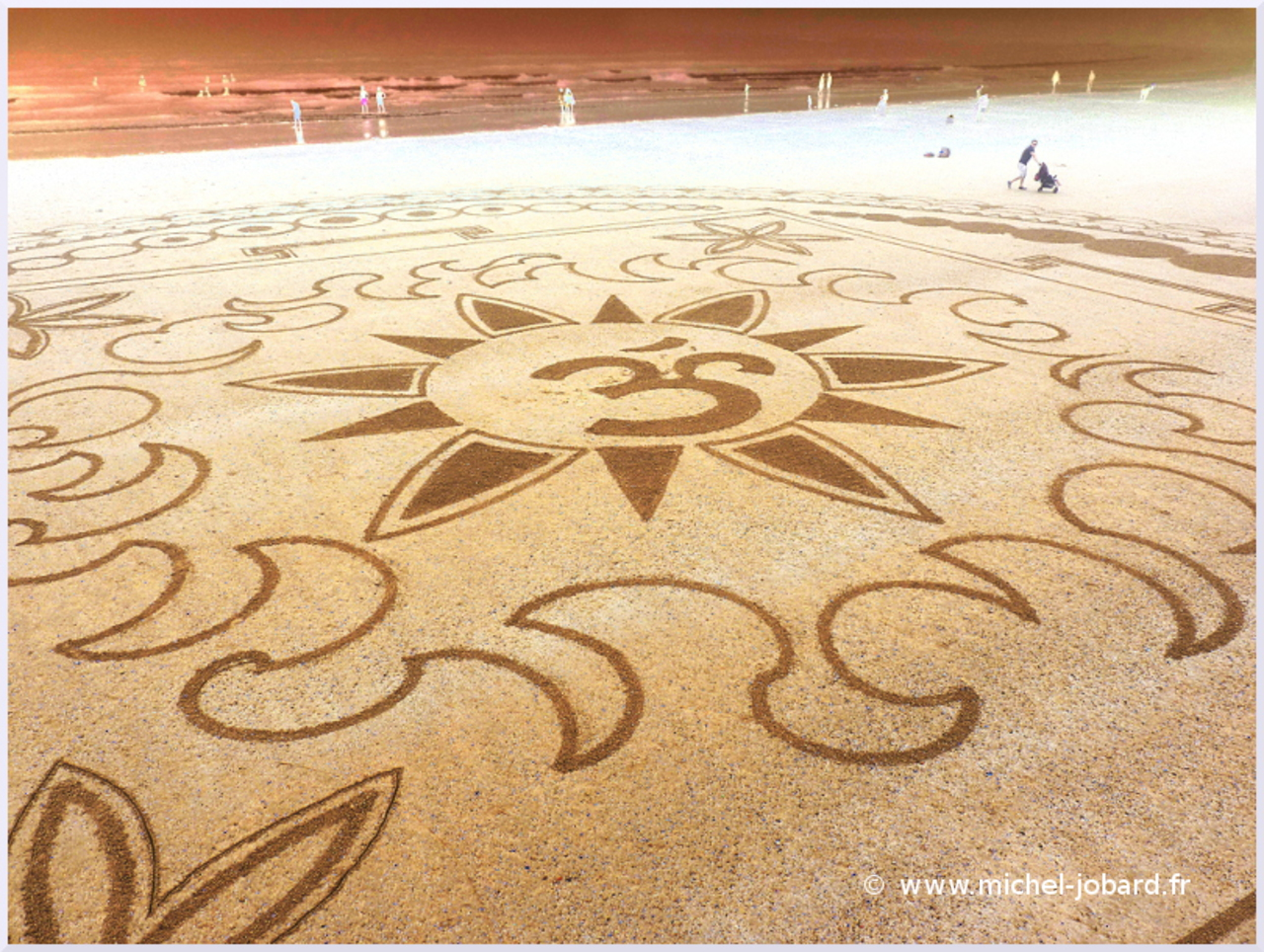 beach-art-akasha-04