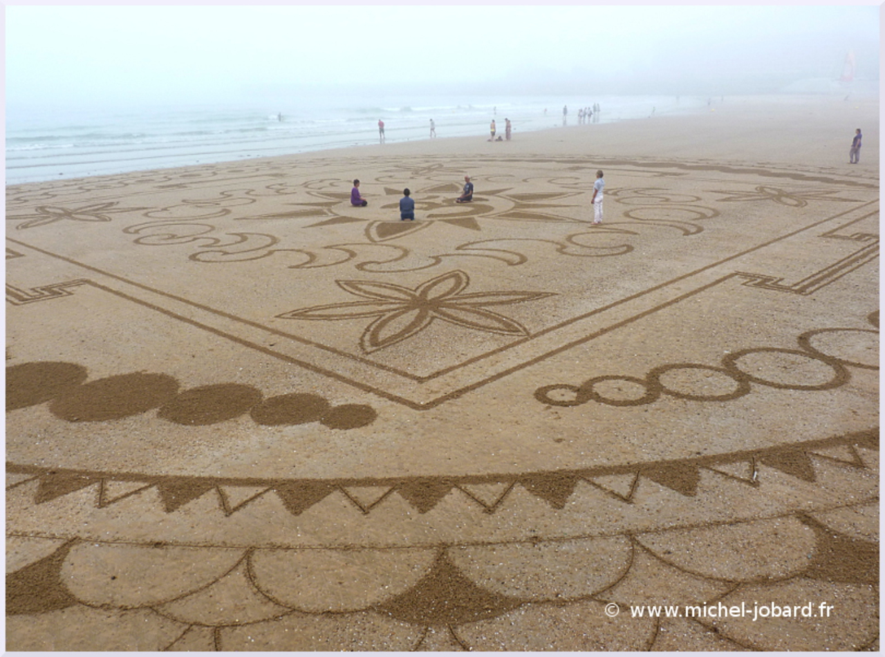 beach-art-akasha-08