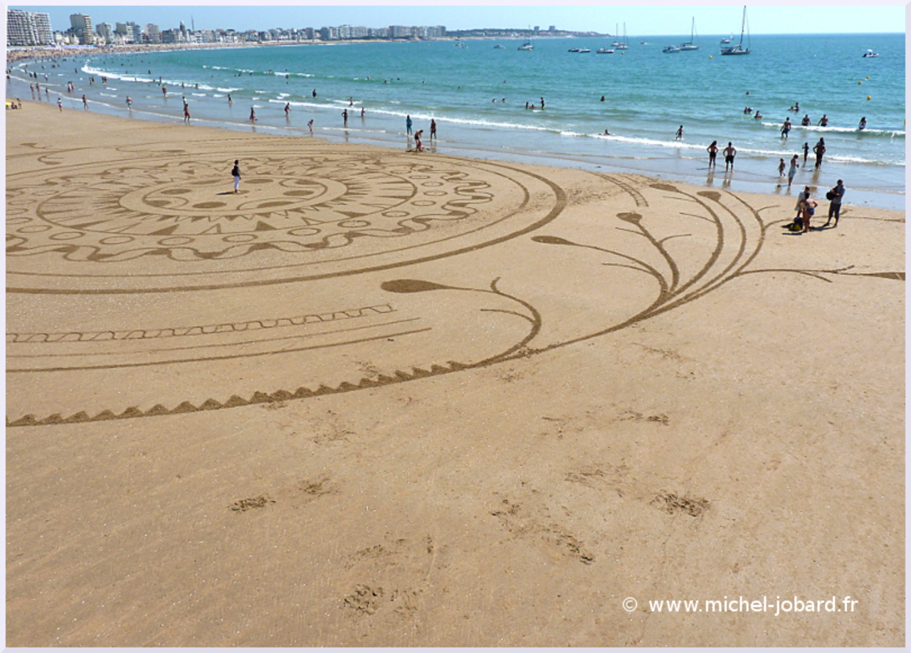 Fresque Beach art Un monde meilleur, par l'artiste Michel Jobard