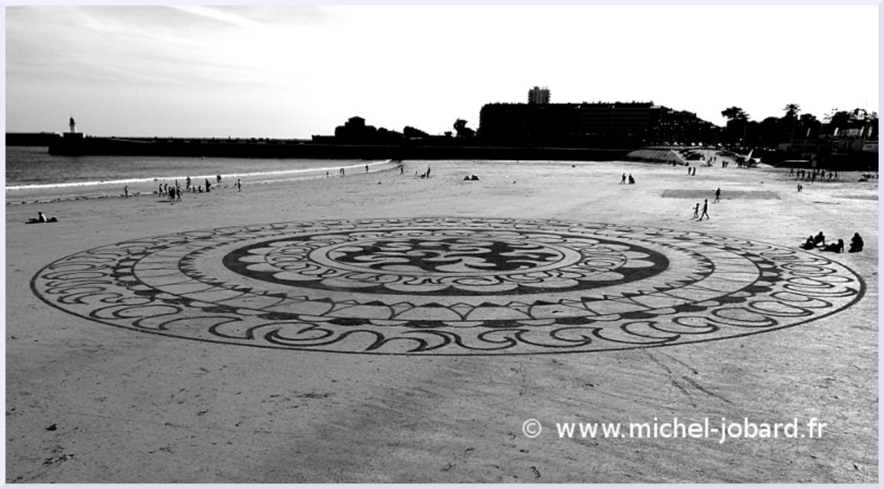 Fresque Beach art Ra ma da sa, Michel Jobard