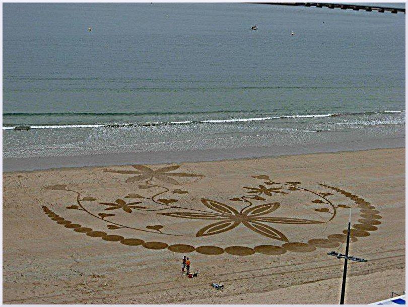 Fresque Beach art Rose des sables, Michel Jobard