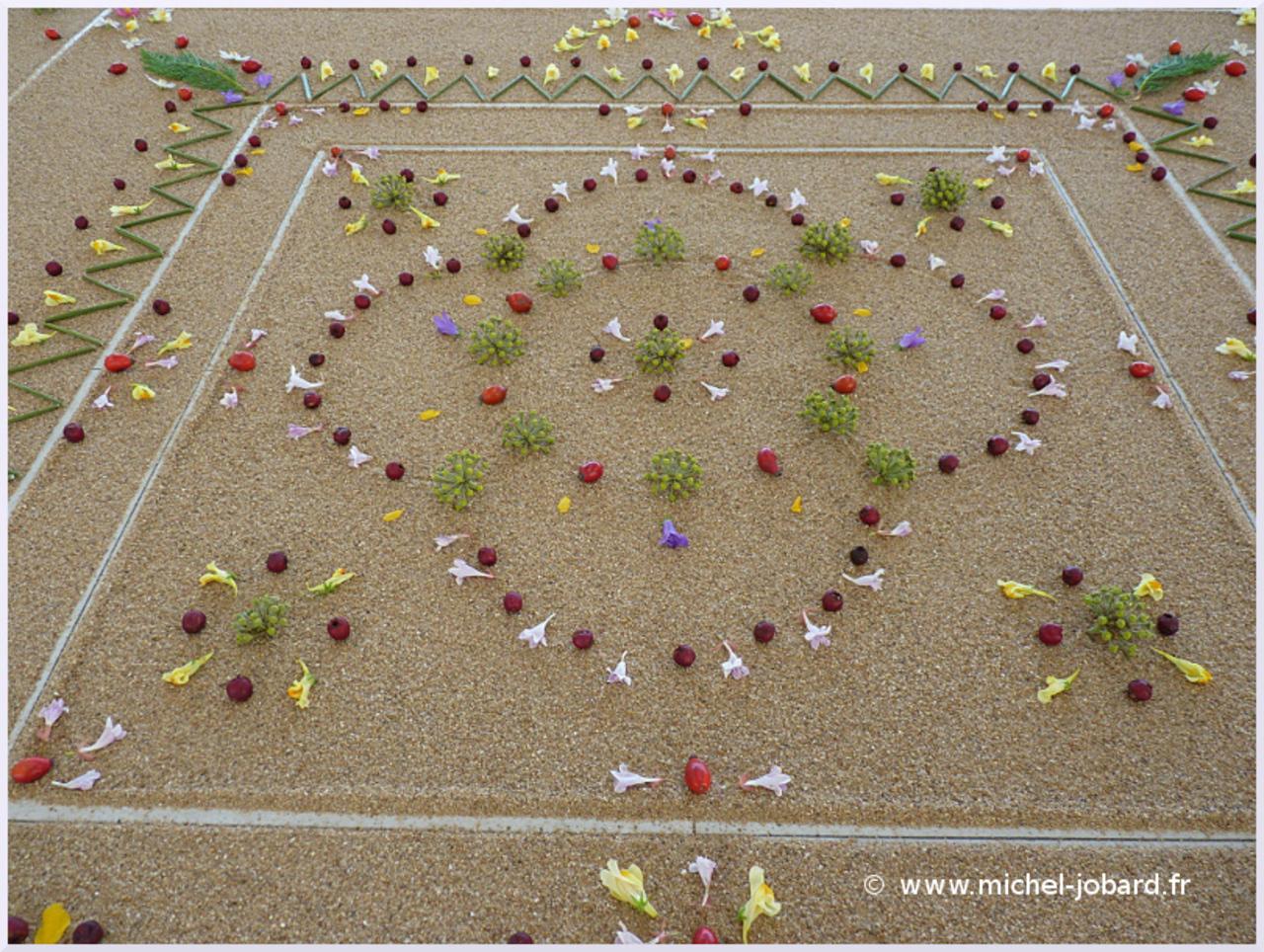 Land-art-mandala-de-la-clairière-04.jpg