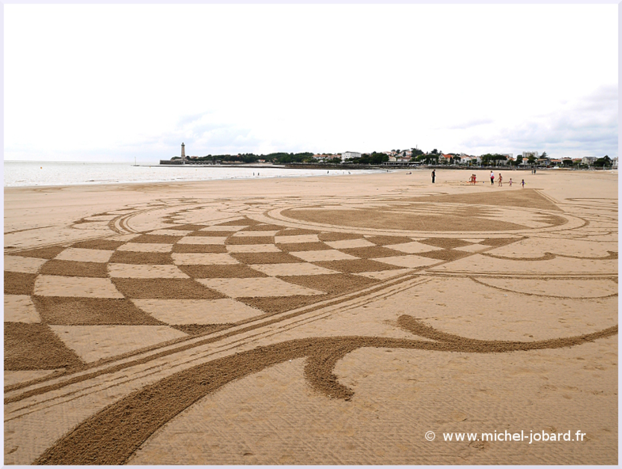 Beach-art-Surfrider-01