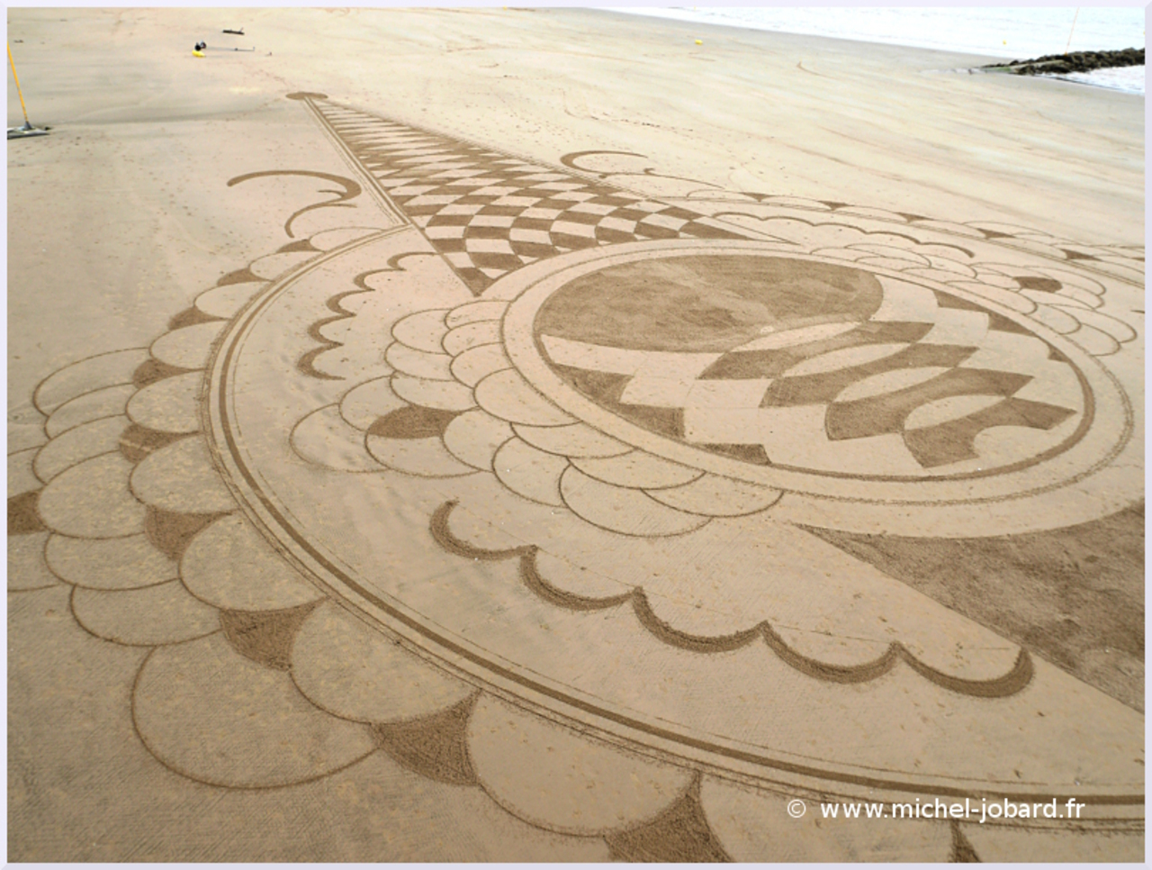 Beach-art-Surfrider-05