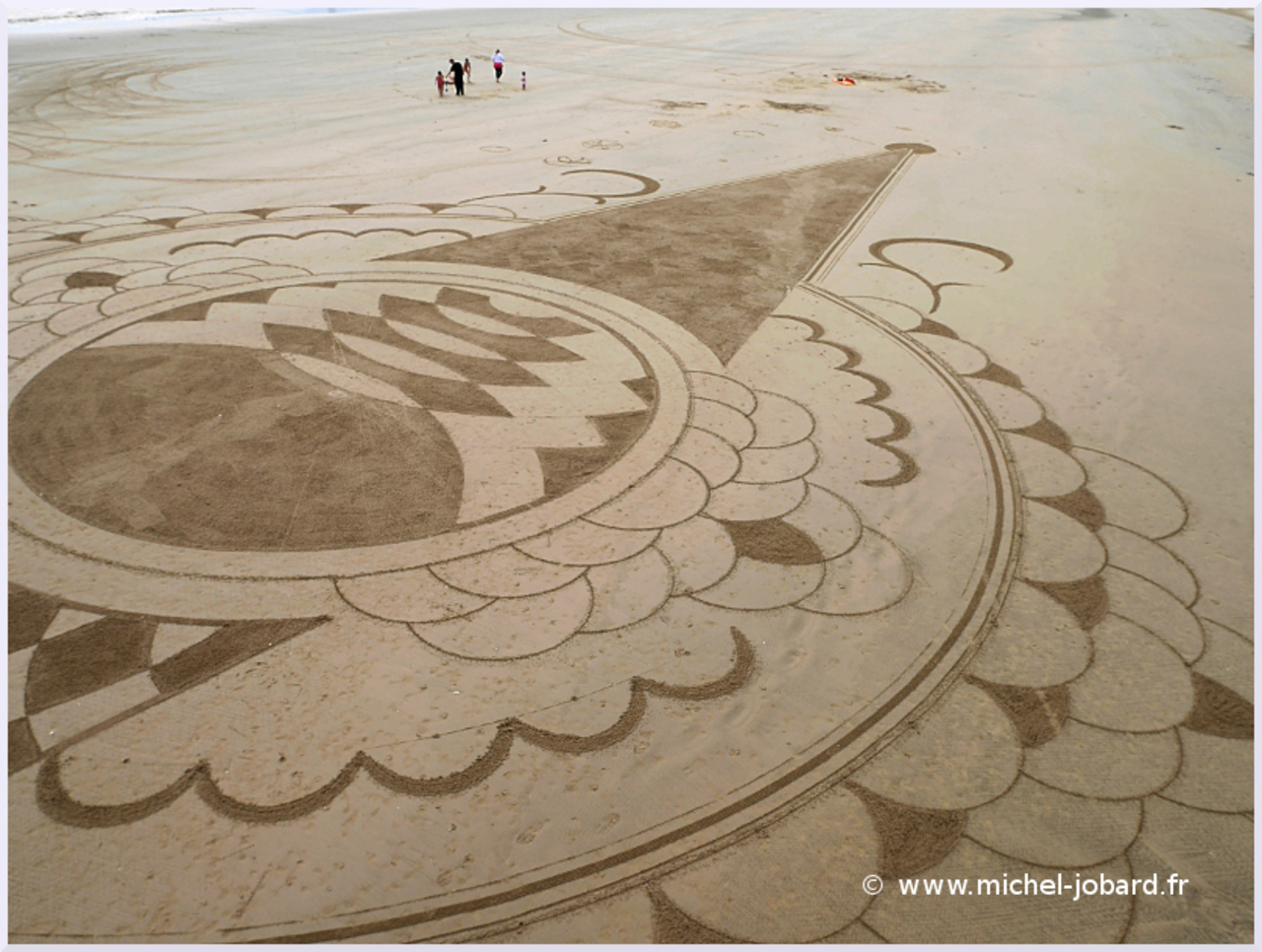 Beach-art-Surfrider-07