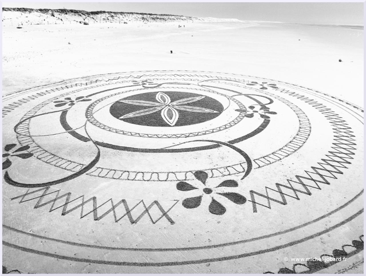 Mandala-des-sept-fleurs-03